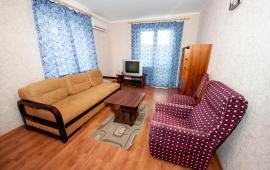 1 комнатная квартира в Феодосии на улице Старшинова, 21-A