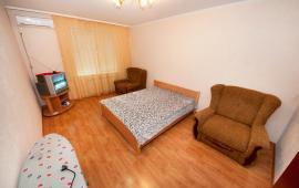1 комнатная квартира в Феодосии, бульвар Старшинова, 21-А