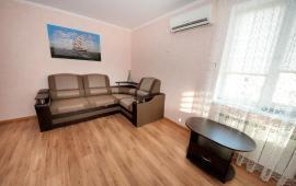 1 комнатная квартира в Феодосии на бульваре Старшинова, 21-A