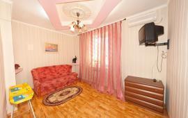 1 комнатная незатейливая квартира в Феодосии, улица Красноармейская, 12