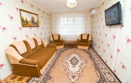 1 комнатная восхитительная квартира в Феодосии на бульваре Старшинова, 8-А