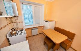 1 комнатный домик в Феодосии на улице Энгельса