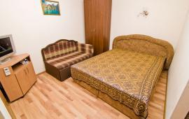 1 комнатный домик рядом с галереей Айвазовского в Феодосии на улице Русская