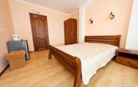 1 комнатный номер в Феодосии, Черноморская набережная, 1-Е