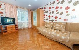 2-х комнатная квартира в городе Феодосия, бульвар Старшинова, 12