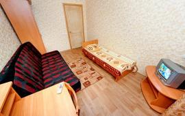 2-комнатная на Динамо город Феодосия, улица Федько, 32