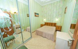 2 комнатная избранная квартира в Феодосии, улица Победы, 12