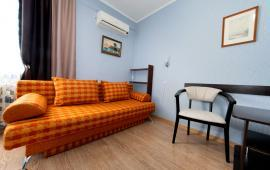 2 комнатная квартира в Феодосии, бульвар Старшинова, 23