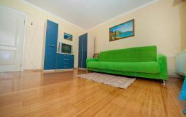 2 комнатная презентабельная квартира в Феодосии, улица Профсоюзная, 41