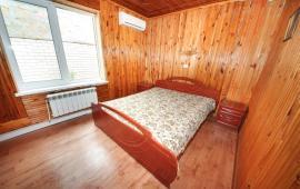 3 комнатный дом в Феодосии по переулку Краснофлотский