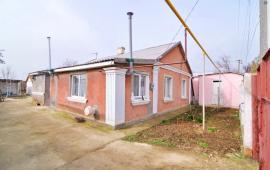 Дом на улице Гагарина в посёлке Береговое