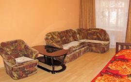 3 комнатная эффектная квартира в Феодосии на Старшинова