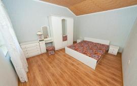 3 комнатная комфортная квартира в Феодосии по переулку Славянский