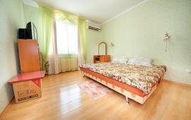 Квартира 2-комнатная в Феодосии, бульвар Старшинова, 21-А