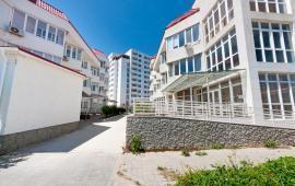 Феодосия на берегу моря 2-комнатная квартира с выходом на пляж