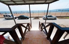 Однокомнатный номер в Феодосии с видом на море, Черноморская набережная