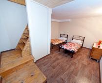 2-комнатная двухуровневая квартира у моря в центре города с парковкой в г. Феодосия - фотография № 10