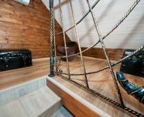 Однокомнатный номер на 1 этаже с розовым диваном в Феодосии - фотография № 10