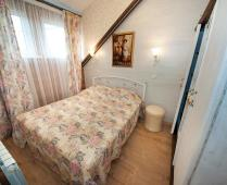 2-х уровневый номер на втором этаже в Феодосии - фотография № 16