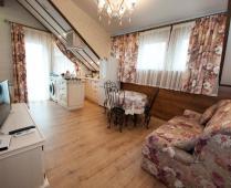 Однокомнатный номер на 2 этаже в классическом стиле в Феодосии - фотография № 1
