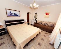 Гостиница с кухней в номере г. Феодосия - фотография № 1