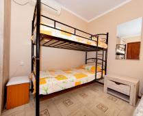 Гостиница с кухней в номере г. Феодосия - фотография № 2