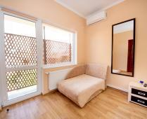 Второй этаж дома в Феодосии в районе Белого Бассейна - фотография № 4