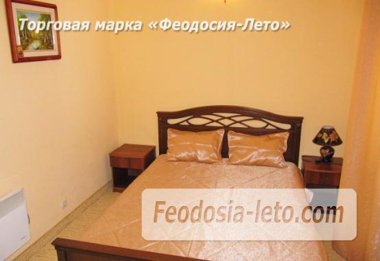 Роскошный гостевой дом с бассейном в Феодосии на улице Куйбышева - фотография № 12