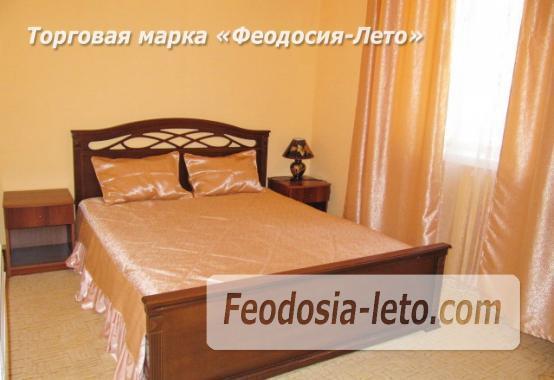 Роскошный гостевой дом с бассейном в Феодосии на улице Куйбышева - фотография № 13