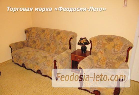 Роскошный гостевой дом с бассейном в Феодосии на улице Куйбышева - фотография № 14