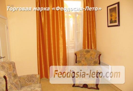 Роскошный гостевой дом с бассейном в Феодосии на улице Куйбышева - фотография № 16