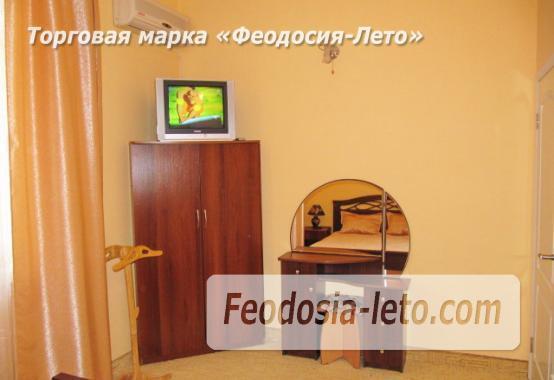 Роскошный гостевой дом с бассейном в Феодосии на улице Куйбышева - фотография № 17