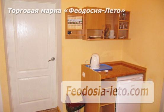Роскошный гостевой дом с бассейном в Феодосии на улице Куйбышева - фотография № 18