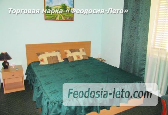 Роскошный гостевой дом с бассейном в Феодосии на улице Куйбышева - фотография № 21