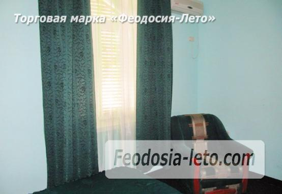 Роскошный гостевой дом с бассейном в Феодосии на улице Куйбышева - фотография № 23