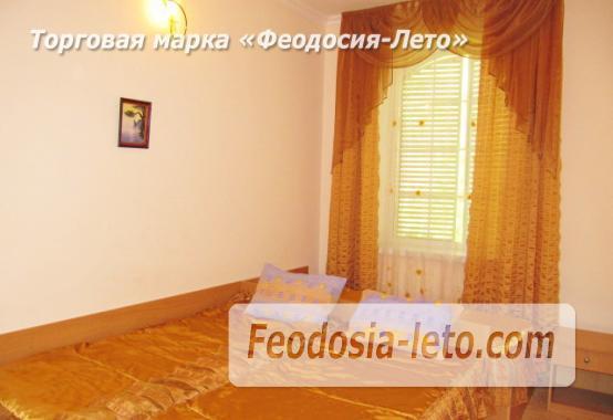 Роскошный гостевой дом с бассейном в Феодосии на улице Куйбышева - фотография № 28