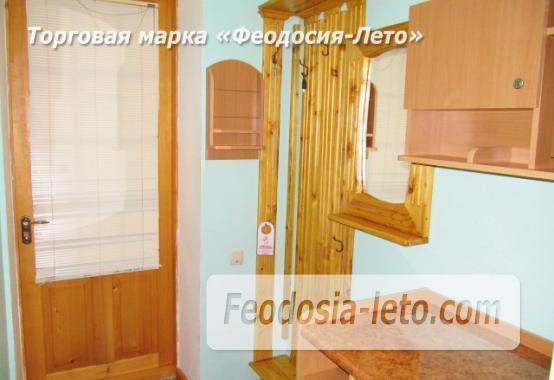 Роскошный гостевой дом с бассейном в Феодосии на улице Куйбышева - фотография № 31