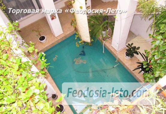 Роскошный гостевой дом с бассейном в Феодосии на улице Куйбышева - фотография № 5