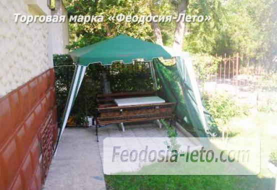 Роскошный гостевой дом с бассейном в Феодосии на улице Куйбышева - фотография № 7