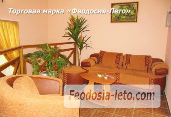 Роскошный гостевой дом с бассейном в Феодосии на улице Куйбышева - фотография № 9