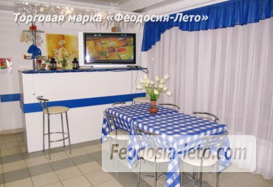 Роскошный гостевой дом с бассейном в Феодосии на улице Куйбышева - фотография № 10