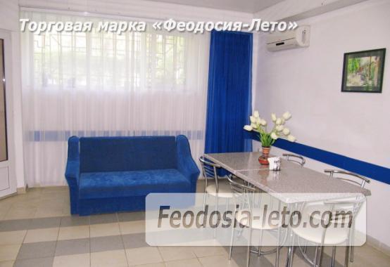 Роскошный гостевой дом с бассейном в Феодосии на улице Куйбышева - фотография № 11