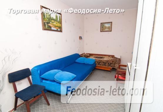 1 комнатная квартира в голубых тонах в Феодосии, бульвар Старшинова, 19 - фотография № 3