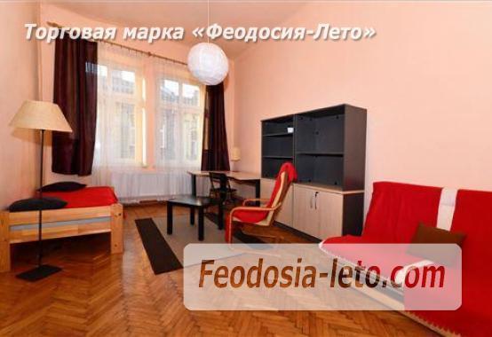 1 комнатная квартира в розовых тонах в Феодосии, улица Галерейная, 19 - фотография № 1