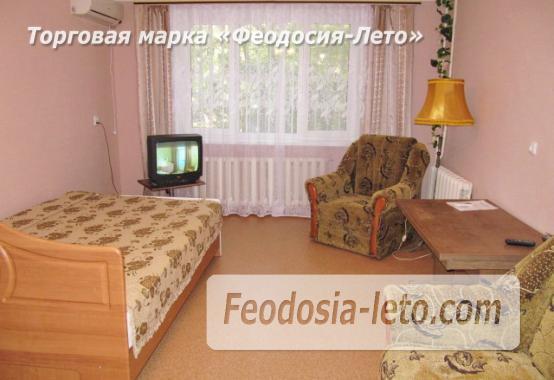 1 комнатная просторная квартира в Феодосии, улица Крымская, 82-Б - фотография № 1