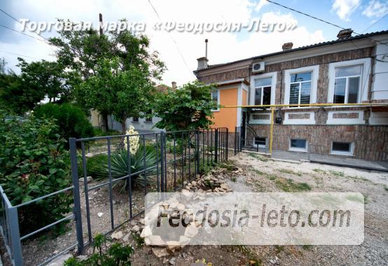 2-комнатная двухуровневая квартира с персональной парковкой в Феодосии - фотография № 14