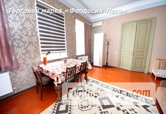2-комнатная двухуровневая квартира с персональной парковкой в Феодосии - фотография № 3