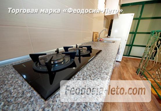 2-комнатная двухуровневая квартира у моря в центре города с парковкой в г. Феодосия - фотография № 2