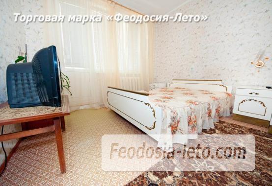 2-комнатная квартира на Золотом пляже в г. Феодосия, улица Дружбы, 39 - фотография № 1