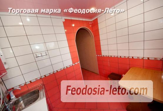 2-комнатная квартира в городе Феодосия, улица Крымская, дом 7 - фотография № 2